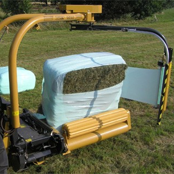 1540EH-Tanco-Square-and-Round-Bale-Wrapper