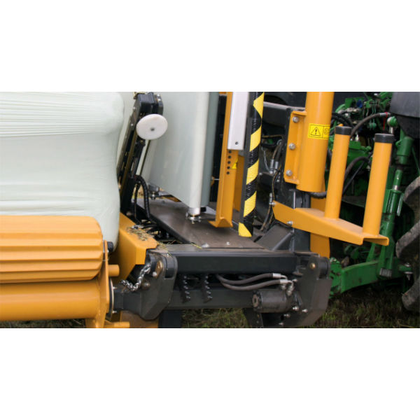 1540EH-Tanco-Square-and-Round-Bale-Wrapper-Rock-Roll-System