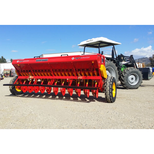 BM-Series-Single-Disc-Seed-Drill-Agromaster